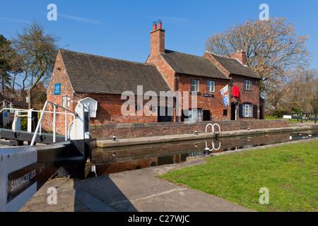 Erewash canal near Sandiacre Long Eaton, Derbyshire, England, GB, UK, EU, Europe - Stock Photo