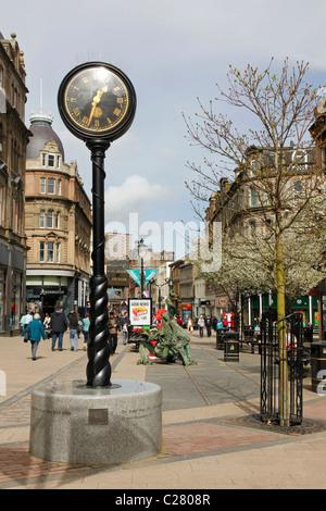 High Street, Dundee, Tayside - Stock Photo