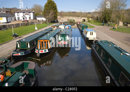 Trevor North Wales UK Narrow boats moored in Trevor Basin on the Shropshire Union  and Llangollen Canal - Stock Photo