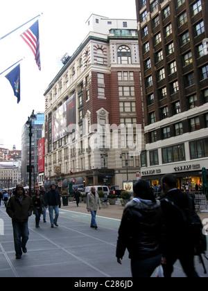 Street scene leading up to Macys department store, New York City, USA - Stock Photo