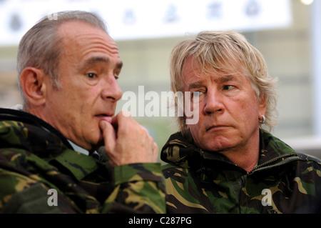 Status Quo Rick Parfitt, right and Francis Rossi - Stock Photo