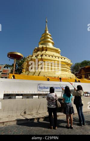 Thai People Praying At Wat Phra That Doi Suthep In The ...