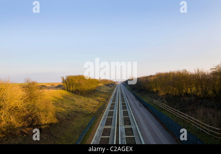 Cambridge guided busway - Stock Photo