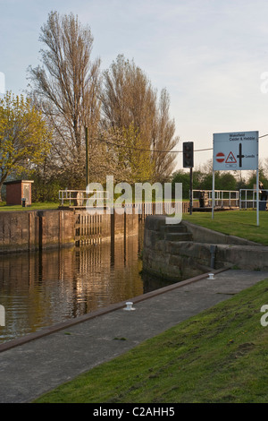 Castleford Lock on the Aire & Calder Navigation looking towards junction with the River Aire - Stock Photo
