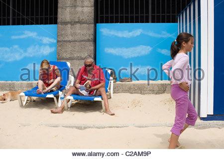 Paris Plage, annual summer beach fest along the banks of the Seine. - Stock Photo