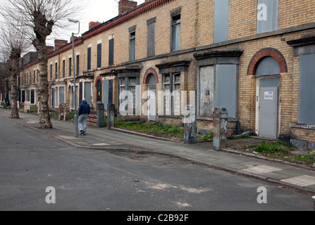 Boarded-up houses await redevelopment in Toxteth, Liverpool - Stock Photo