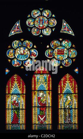 Freiburger Muenster Unserer Lieben Frau, Kirchenfenster mit Glasmalerei, Freiburg im Breisgau, Oberrhein, Schwarzwald, - Stock Photo