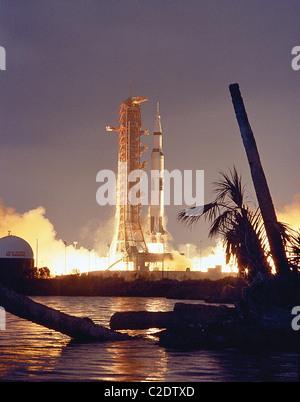Apollo 14 launch - Stock Photo