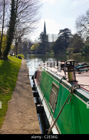 Looking down the River Avon towards Holy Trinity church, Stratford upon Avon, Warwickshire, England, UK - Stock Photo