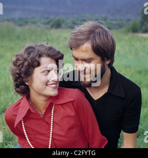 seventies people love young couple woman man portrait long hair full c2fytg