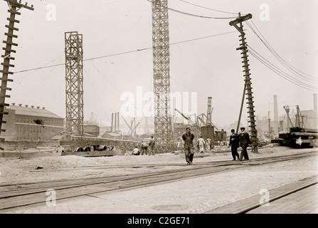 Brooklyn Navy Yard/ Bldg., New Dry Dock - Stock Photo
