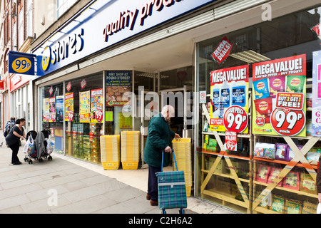 99p stores budget shop in Southgate Street, Gloucester - Stock Photo