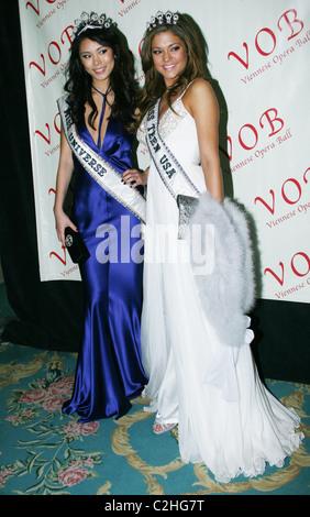 Miss Universe Riyo Mori and Miss Teen USA Hilary Cruz 2008 Viennese ...