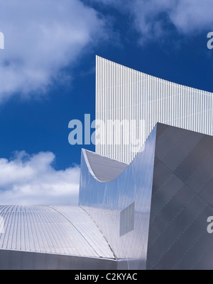Imperial War Museum North, Salford, Manchester - Exterior - Stock Photo
