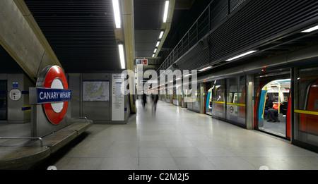 Canary Wharf Underground Station, Isle of Dogs, London. - Stock Photo