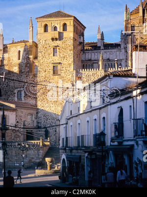 Extremadura, Guadelupe, 15th century cathedral and Monasterio de Santa Maria de Guadelupe. - Stock Photo