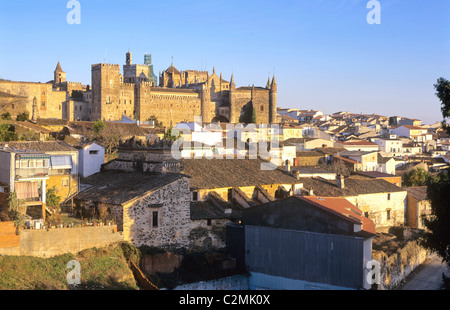Extremadura, Guadelupe, view on town with remarts and 15th century cathedral and Monasterio de Santa Maria de Guadelupe. - Stock Photo