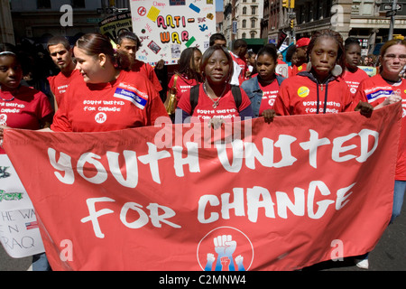 High School students participate in an anti-war march in New York City - Stock Photo