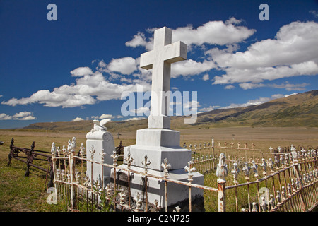 Nevis Cemetery, Nevis Valley, Central Otago, South Island, New Zealand - Stock Photo