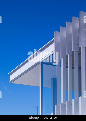 Modern detached house, West Hollywood, California. Corner detail - Stock Photo