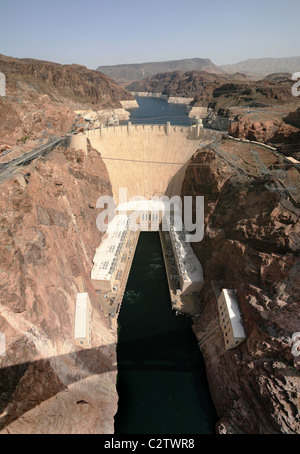 Vertical image of Hoover Dam and the Colorado River taken from the downstream bridge - Stock Photo