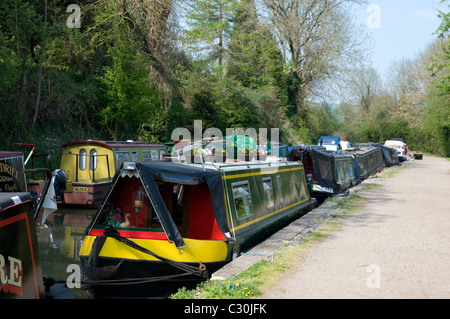house boats and narrowboats on  Kennet and Avon canal near Bath England - Stock Photo