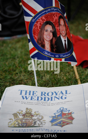 Flags and programme from the Royal Wedding between Prince William and Catherine Middleton in April 2011 - Stock Photo