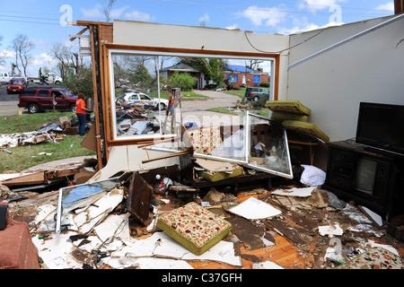 SAINT LOUIS, MISSOURI - APRIL 26: Clean up after tornadoes hit the Saint Louis area on Friday April 22, 2011
