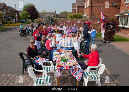 Street party to celebrate the royal wedding between Prince William and Catherine Kate Middleton Nottingham England - Stock Photo