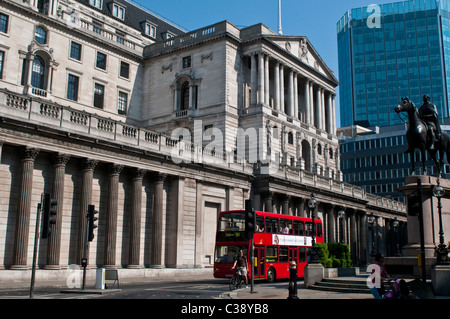 Bank of England and statue of Duke of Wellington, City of London, UK - Stock Photo