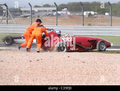 Red Taraschi formula junior no 66 spins off at Donington - Stock Photo