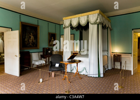 Interior of the Queen's Charlotte's bedroom (Queen Charlotte; wife of King George 3rd III); Kew Palace, Royal Botanic - Stock Photo