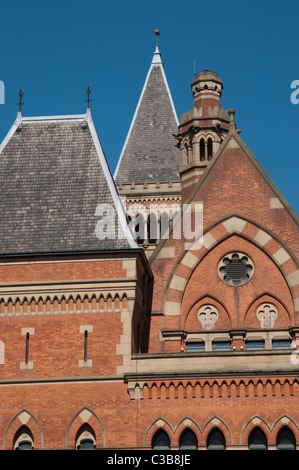 The flamboyant flemish gothic architecture of Minshull  Street Crown Court,Manchester.Built 1867-73 architect Thomas - Stock Photo