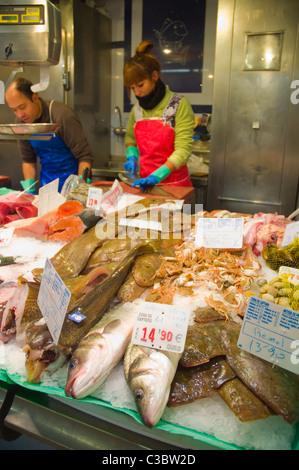 Seafood stall Mercat Santa Caterina market hall Sant Pere district Barcelona Catalunya Spain Europe - Stock Photo