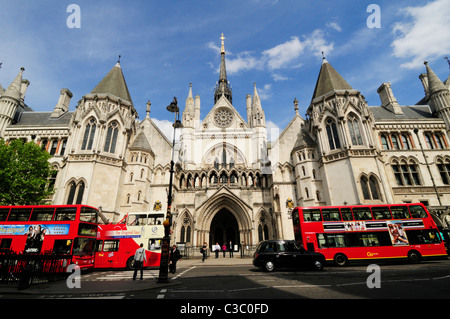 The Royal Courts of Justice, Fleet Street, London, England, UK - Stock Photo