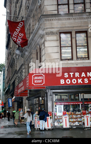 Strand Bookstore on Broadway and 12th Street in Manhattan New York City, USA - 18.06.09 Pattinson hit by cab while - Stock Photo