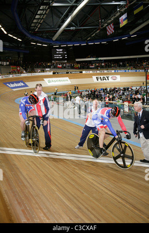 Sir Chris Hoy and Jason Kenny at the start line Track Cycling World championships  Apeldoorn 2011 Kenny went on - Stock Photo
