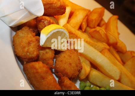 scampi meal waiting to be served to customer - Stock Photo