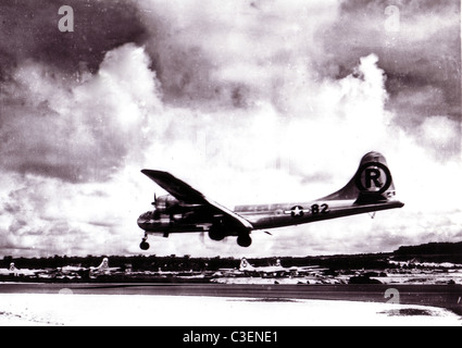 Boeing B-29 Superfortress 'Enola Gay' landing after the atomic bombing mission on Hiroshima, Japan. - Stock Photo