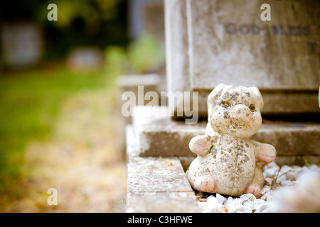A creative shot of a grave in the Hillingdon area. - Stock Photo