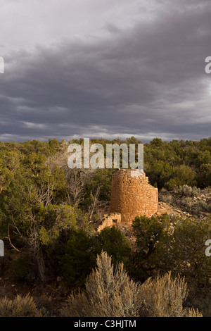 Stone Tower at the Cutthroat Castle Group in Hovenweep National Monument in southern Utah, USA. - Stock Photo