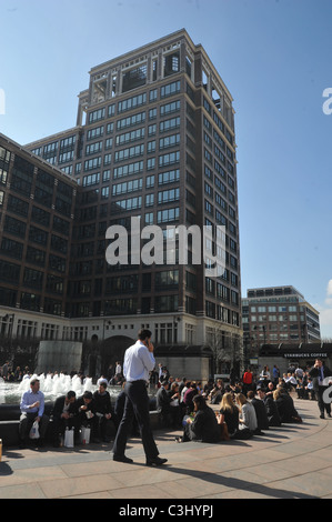 people having lunch  outdoors in London - Stock Photo