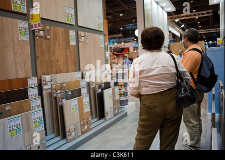 Diy shop paris france stock photo royalty free image for Le roy merlin paris