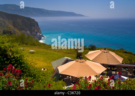 Overlooking the rugged hills and ocean from deck at the Lucia Lodge, Big Sur Coast, Monterey County, California - Stock Photo