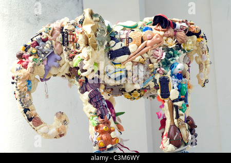 Sculptor Anthony Heywood's sculpture 'Earth Elephant' made from recycled objects. - Stock Photo