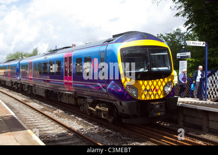 First Class 185 diesel multiple-unit passenger train 185 115_ Network Rail at Arnside 150-year-old rail viaduct, - Stock Photo