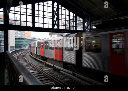 elevated railway station Baumwall in Hamburg, U-Bahn - Stock Photo