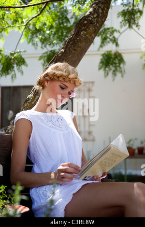 Girl reading - Stock Photo