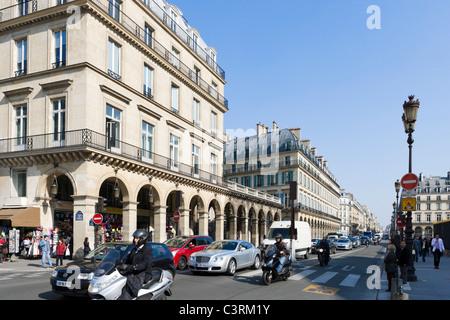 Paris France Shopping Rue De Rivoli Hotel De Ville B