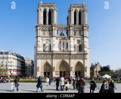 Western facade of the Cathedral of Notre Dame de Paris, Ile de la Cite, Paris, France - Stock Photo